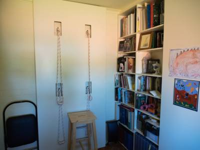 b2ap3_thumbnail_Christinas-home-practice-is-enhanced-by-a-rope-wall-in-the-office.jpg