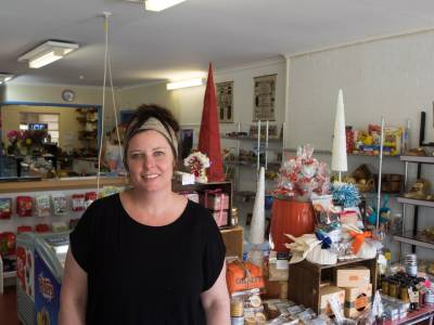 b2ap3_thumbnail_Dunkeld--General-Store-Gifts.-Photo-Bridie-Walsh.jpg