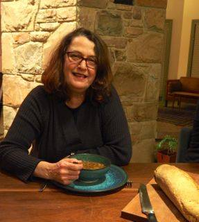 b2ap3_thumbnail_Kath-Walters-enjoys-recovery-soup-at-Griffins-Hill-Retreat.jpg